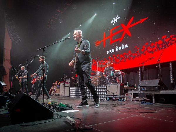 HEX odohrali jedinečný koncert, k 30-emu výročiu kapely a pre Ďuďa prišli zahrať IMT Smile, Polnišová aj Lehotský!