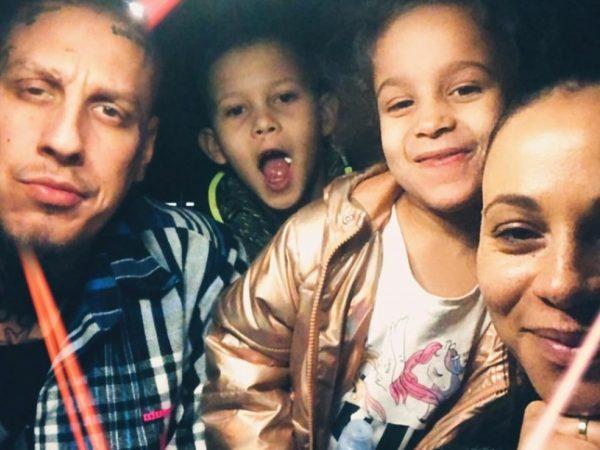 """Separ a Tina majú spoločnú novinku """"Všetci za jedného"""". Ústrednou témou je láska v rodine!"""