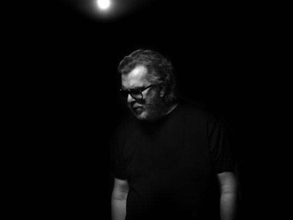 """Richard Müller má po rokoch nový singel. Skladba """"Anomália"""" je mimoriadne osobná!"""