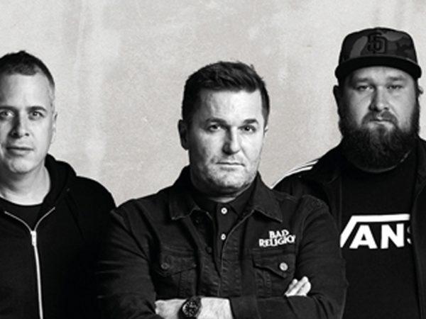 """""""Čumil"""" – legendárny album skupiny INÉ KAFE po prvýkrát na vinyle."""