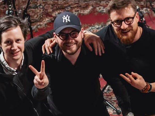 "Jan Smigmator vydáva pop-swingový album ""Murphyho zákon""."