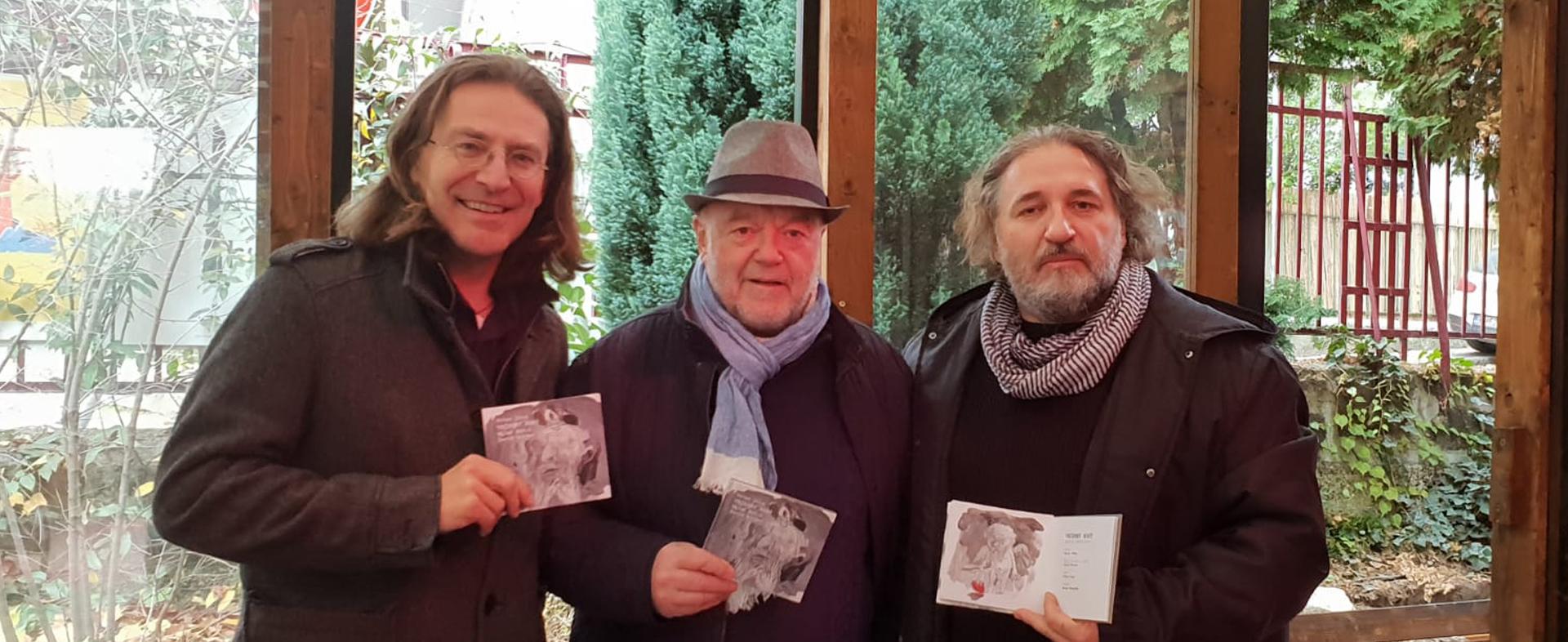 """Spoznajte pozoruhodný album Petra Lipu """"Večerný hosť""""."""