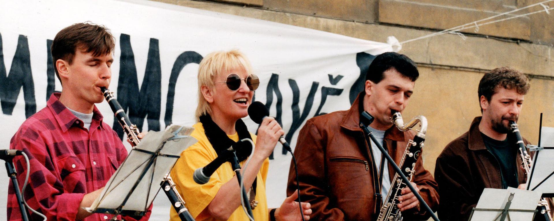 Jana Koubková a Clarinet Factory sa vracajú ku koreňom.